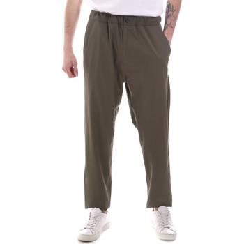 tekstylia Męskie Spodnie z lejącej tkaniny / Alladynki Gaudi 111GU25069 Zielony