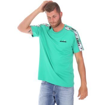 tekstylia Męskie T-shirty z krótkim rękawem Diadora 502176085 Zielony