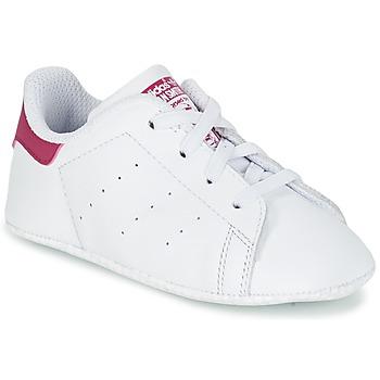 Buty Dziewczynka Trampki niskie adidas Originals STAN SMITH CRIB Biały / Różowy