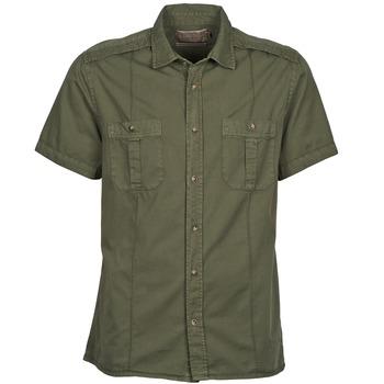 tekstylia Męskie Koszule z krótkim rękawem Chevignon C MILITARY TWIL Zielony