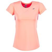 tekstylia Damskie T-shirty z krótkim rękawem New Balance ACCELERATE T Koral