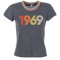 tekstylia Damskie T-shirty z krótkim rękawem Rip Curl ROMIE TEE Szary