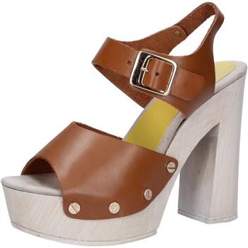 Buty Damskie Sandały Suky Brand Sandały AC482 Brązowy