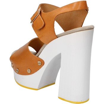 Buty Damskie Sandały Suky Brand Sandały AC485 Brązowy