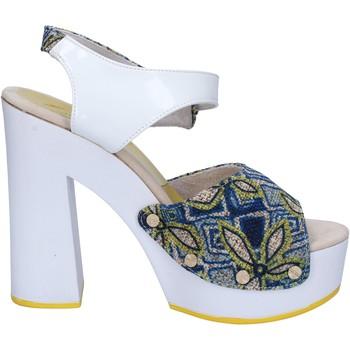 Buty Damskie Sandały Suky Brand Sandały AC487 Biały