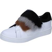 Buty Damskie Trampki Islo sneakers bianco pelle pelliccia BZ211 Bianco