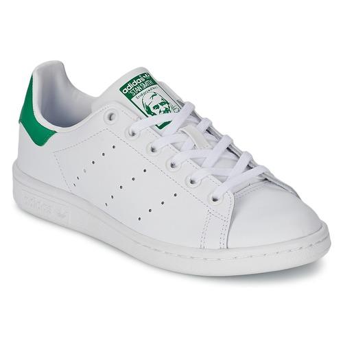 Buty Dziecko Trampki niskie adidas Originals STAN SMITH J Biały / Zielony