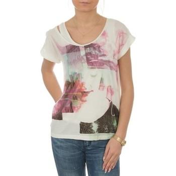 tekstylia Damskie T-shirty z krótkim rękawem Lee T-shirt  Night Cloud Dancer L485AUHA biały
