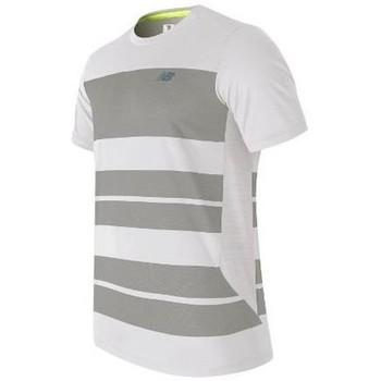 tekstylia Męskie T-shirty z krótkim rękawem New Balance MT53406WSV biały